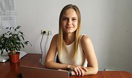 Фото специалист завода СЛЭМЗ